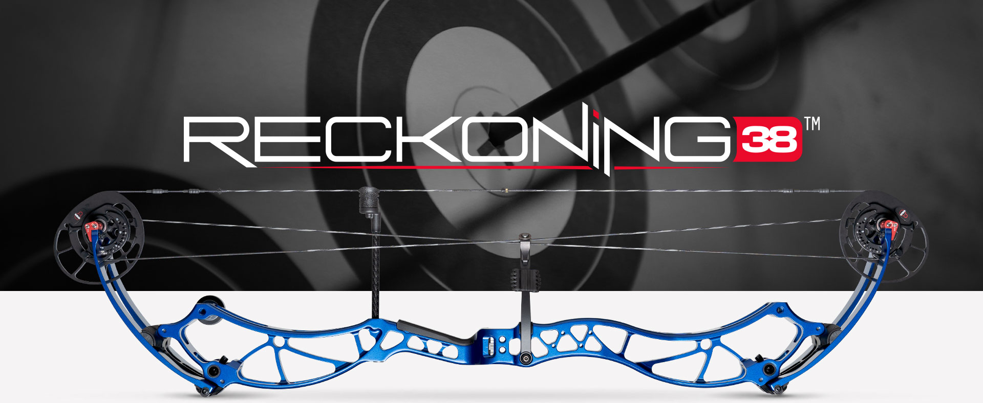 Reckoning 38 target archery bow